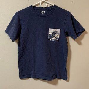 Uniglo Hokusai Blue pocket t shirt